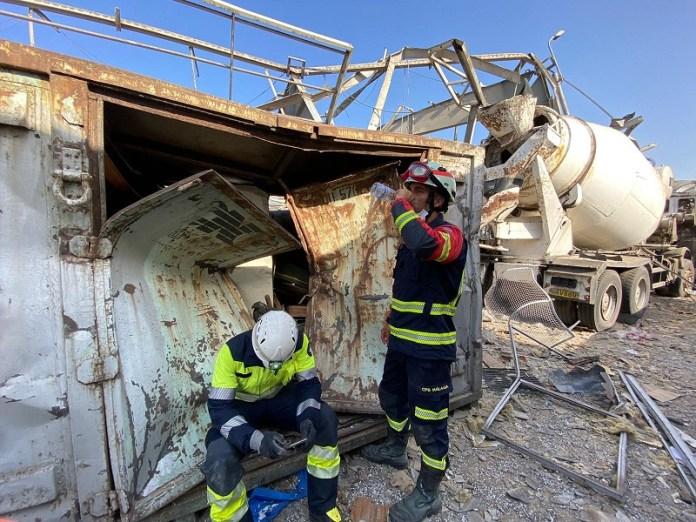 Tres bomberos de Málaga participan en las labores de rescate y localización de supervivientes en Beirut