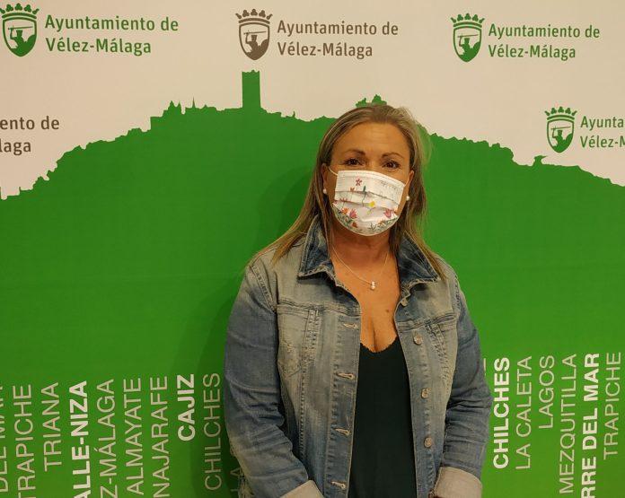 La concejala de Educación exige a la Junta que no deje a más de 1.000 escolares sin comedor en Vélez-Málaga