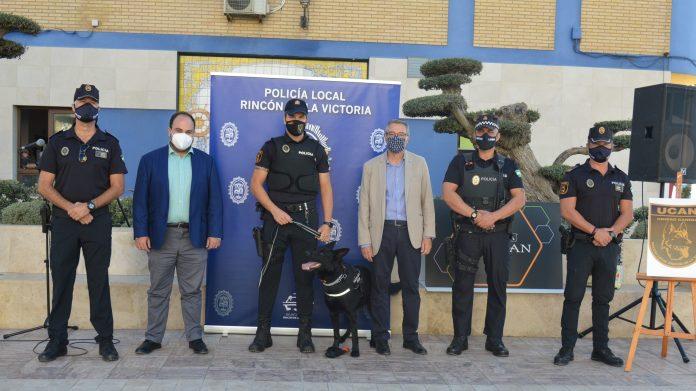 Rincón de la Victoria cuenta con la primera Unidad Canina (UCAN) de la Policía Local para la lucha contra el menudeo de drogas