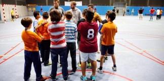"""Se permite finalmente realizar actividad física al aire libre en centros deportivos para deporte no federado a partir de las 18 horas """"siempre que no se trate de deportes de contacto"""