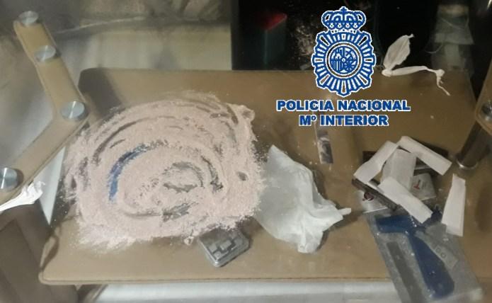 Tres detenidos por tráfico de drogas en una vivienda ocupada ilegalmente en el centro de Málaga