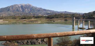 La Viñuela con 53 hm cúbicos y un 32,12% de su capacidad,165 hm cúbicos, es la que menor porcentaje de agua embalsada tiene en la provincia.