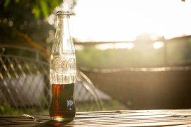 Coca Cola botella pixabay