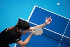 ping pong-returing ball