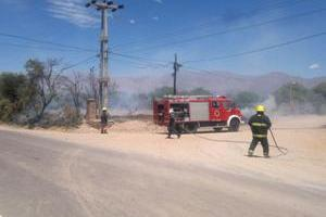 incendio en el barrial bomberos voluntarios de cafayate