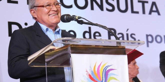 Sánchez Cerén considera que empleo y educación contribuyen a reducir inseguridad