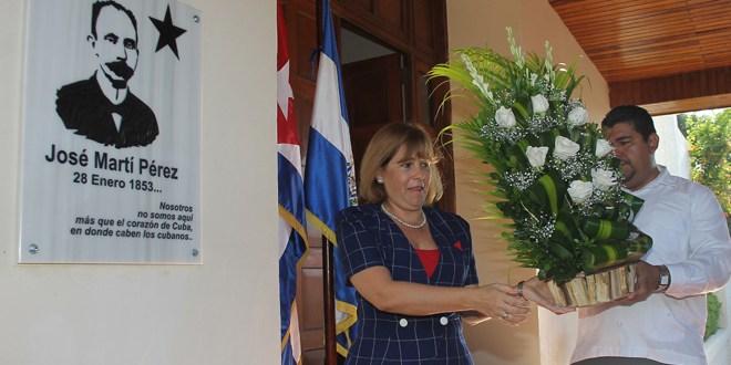 Embajada cubana conmemora natalicio de José Martí