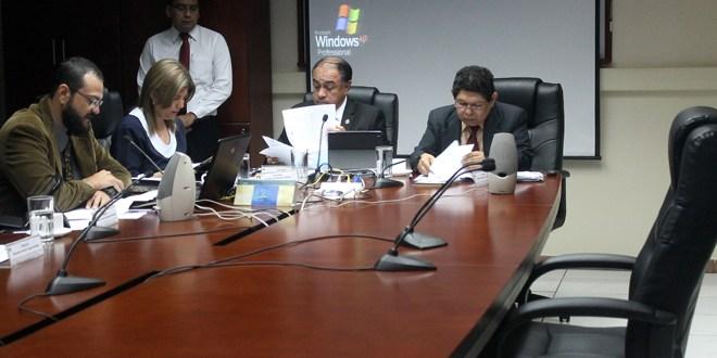 Fiscal general recibe de diputados informe final de caso Flores-Taiwán