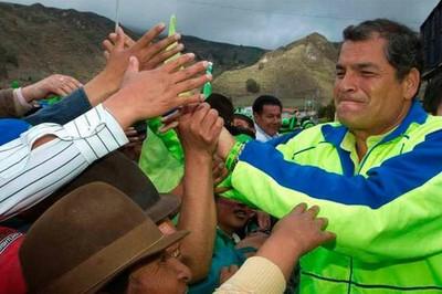 Ecuador celebra 7 años de Revolución Ciudadana junto a Rafael Correa