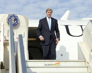 Kerry se reúne con dirigentes israelíes y palestinos en segundo día de visita a Israel