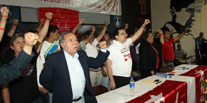 Quezaltepeque se regocijó de alegría al recibir al candidato presidencial del FMLN