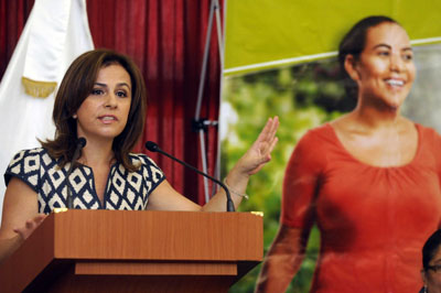 Primera Dama, Vanda Pignato, se incorpora a la campaña electoral