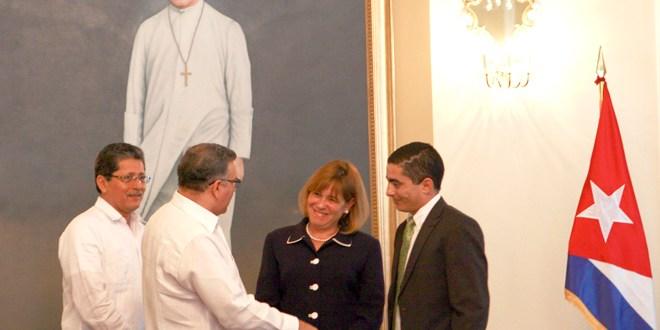 Funes pide el levantamiento de embargo contra Cuba