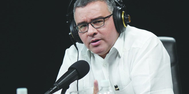"""""""Este gobierno buscó entendimientos y no  fue confrontativo, ni excluyente"""": Presidente Funes"""