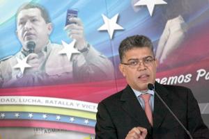 Gobierno venezolano  otorga 48 horas a tres diplomáticos de los Estados Unidos para salir del país