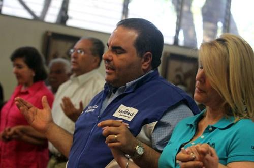 Movimiento Unidad se reúne con observadores electorales