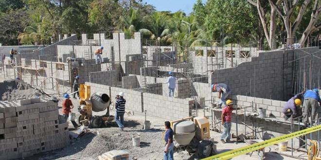 Avanzan obras en estadio Costa del Sol