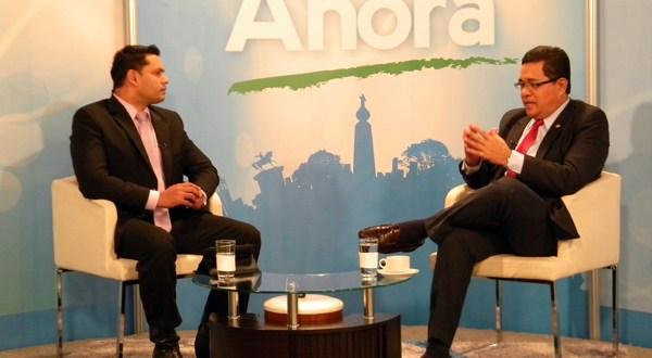"""David Rivas: """"Los salvadoreños merecemos medios de comunicación responsables"""""""