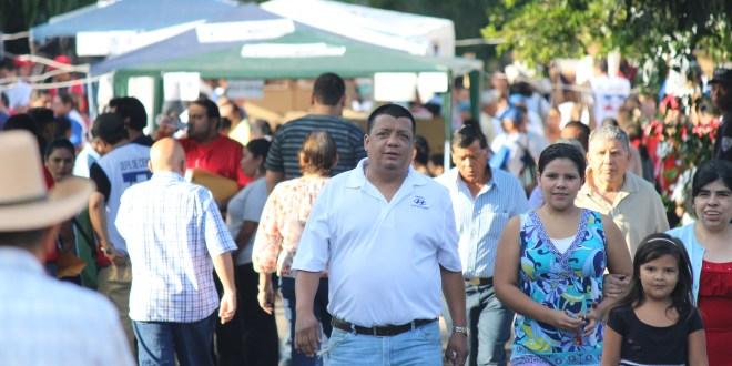 Centros de votación en Santa Tecla con pequeños retrasos por discrepancias