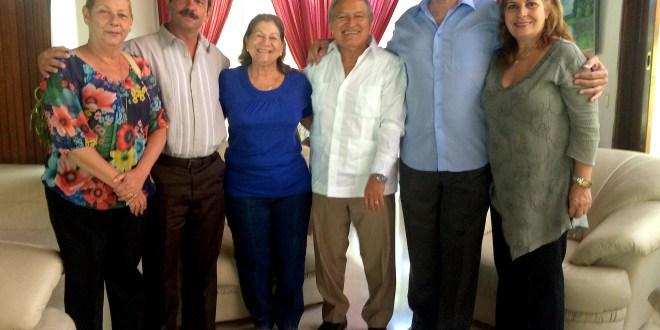 Salvador Sánchez Cerén, Presidente electo,  se reúne  con dos de los héroes cubanos