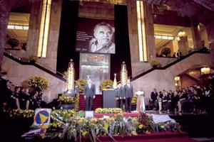 México y Colombia dan el primer y emotivo adiós a García Márquez