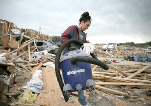 Al menos 17 muertos por tornados en centro-sur de Estados Unidos