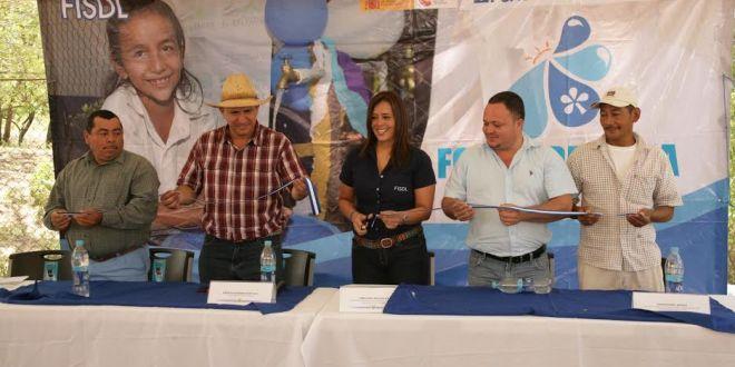 Inauguran importante proyecto de agua potable