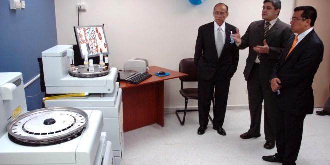 ISSS apuesta por la capacitación y el trabajo conjunto para mejorar servicios médicos