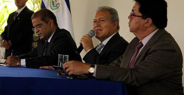 Un gabinete de  gobierno plural  y eficiente