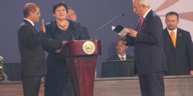 """""""Por El Salvador vale la pena sacrificarse, vale la pena luchar toda la vida"""", Presidente Salvador Sánchez Cerén"""