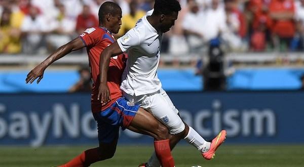 Costa Rica e Inglaterra empatan y hacen historia por motivos opuestos
