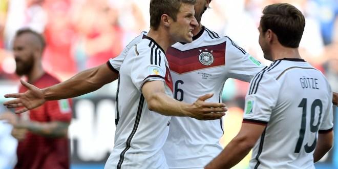 Alemania aplasta 4-0 a Portugal en su debut y exhibe su poderío