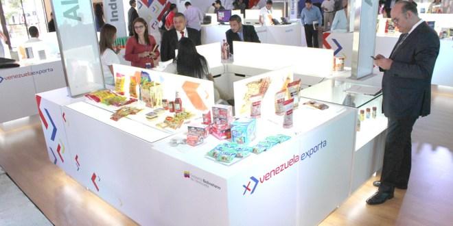 Empresarios venezolanos ofertan sus productos en El Salvador
