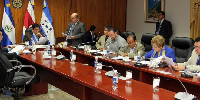 Asamblea Legislativa podría elegir presidente CCR el jueves en Sesión Plenaria