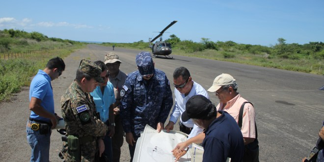 Autoridades inspeccionan terreno para construcción del aeropuerto internacional El Jagüey