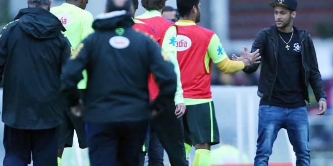 Neymar regresa a la concentración de Brasil
