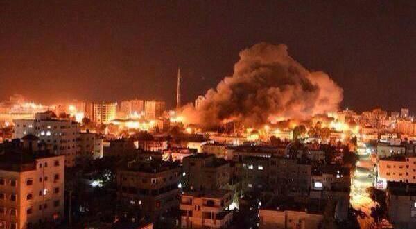 Israel intensifica bombardeos y urge a 100.000 palestinos a evacuar sus viviendas
