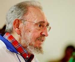 Fidel Castro, solidario con palestinos, repudia derribo de avión