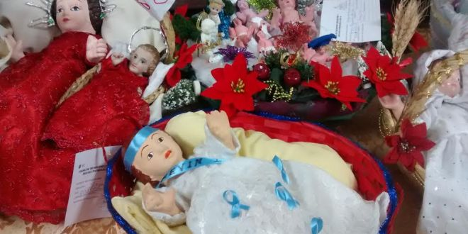 Los Santos niños inocentes, una tradición que cada año cobra más fuerza en El Salvador