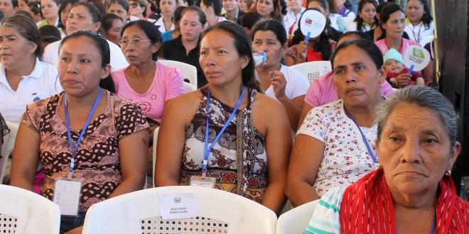 Organizaciones piden al Estado cumplir deudas pendientes con las mujeres