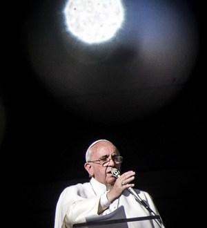 Papa nombra las quince enfermedades de la Curia: rivalidad, chismes, ansia de poder
