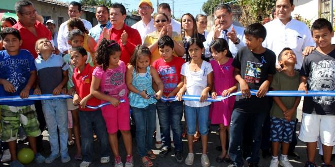 Viceministerio de Vivienda negocia BID fase tres para transformación de comunidades