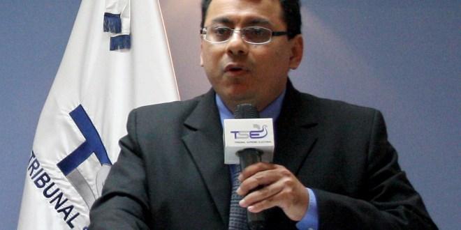"""El Presidente del TSE garantiza """"transparencia, veracidad"""""""