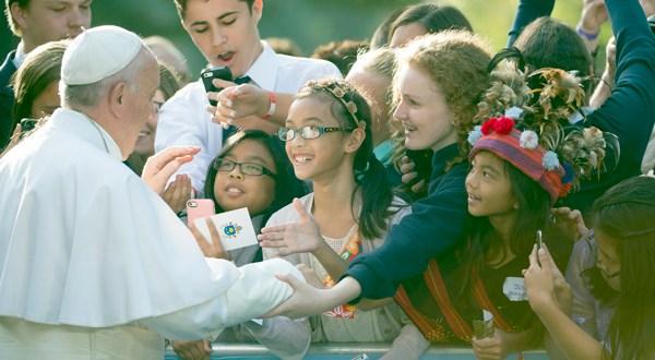 El papa llega a Filadelfia para la etapa final de su gira por Estados Unidos