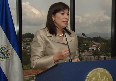 Diputada de ARENA denuncia a Secretario de Transparencia