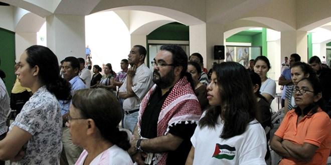 Feligreses claman por la paz en Siria y Palestina