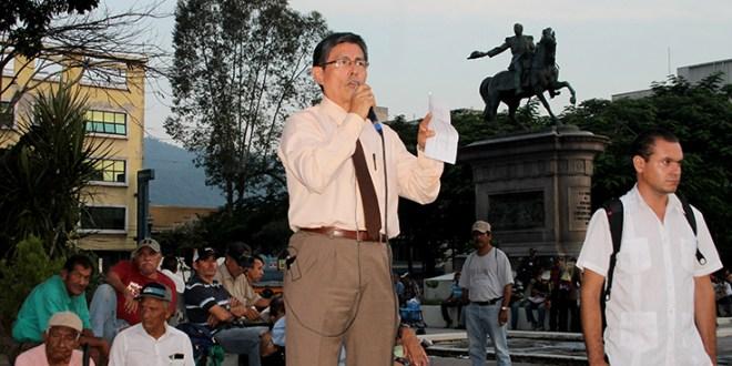 Presupuesto 2016 es para combatir inequidades, asegura FMLN