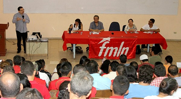 Alcaldes de FMLN intercambian experiencias en gestión municipal