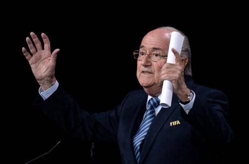 Blatter dice que Infantino es «un digno sucesor»