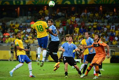 Uruguay jugará con Brasil en la noche